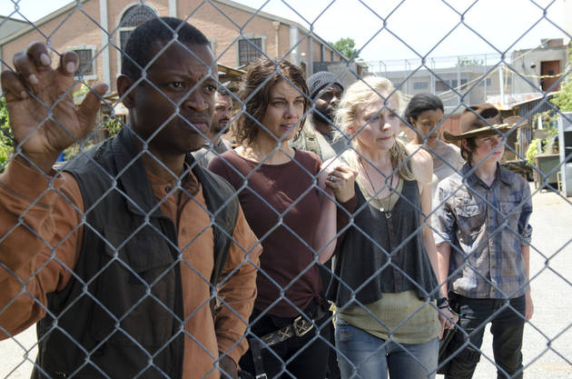 The Walking Dead Season 4: Is It Safer to Have Shelter or Stay on the Move?