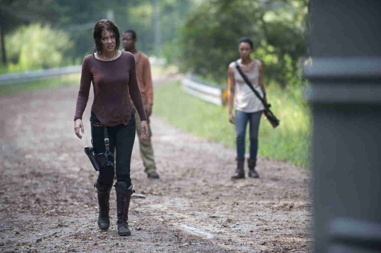 "The Walking Dead Season 4: Maggie Is ""Coming Unhinged"" — and She May Not Find Glenn?"