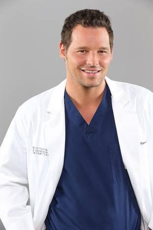Grey's Anatomy's Justin Chambers Reveals Childhood Crush, Hot Yoga Fixation, and… Pet Goose?