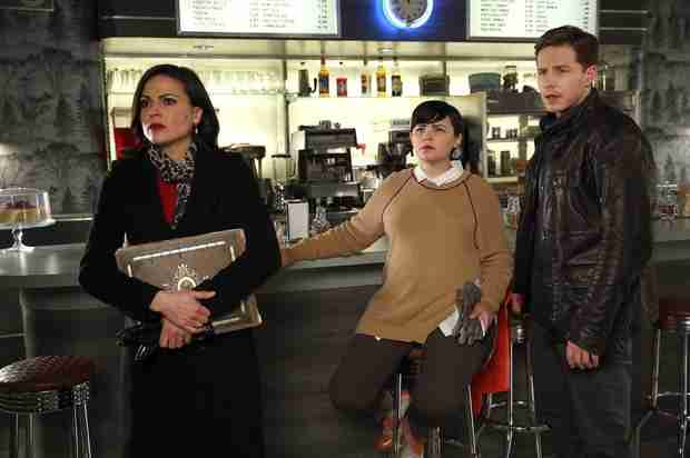 "Once Upon a Time Recap: Season 3, Episode 19 — ""A Curious Thing"""