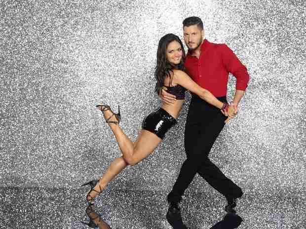 Danica McKellar Broke Her Rib in DWTS Rehearsals! Will She Dance on Latin Night? (VIDEO)