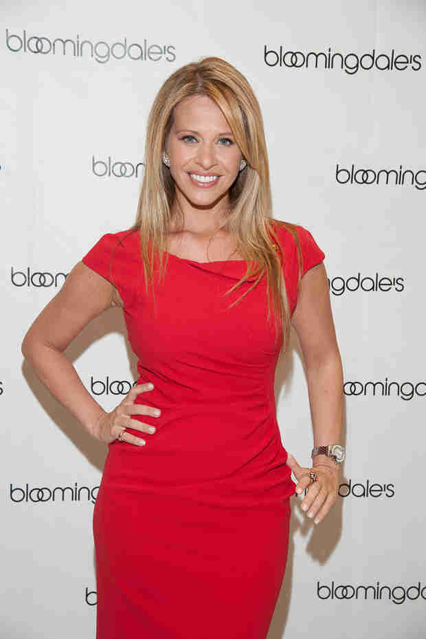 Dina Manzo Has a Traumatizing Lip Gloss Disaster!