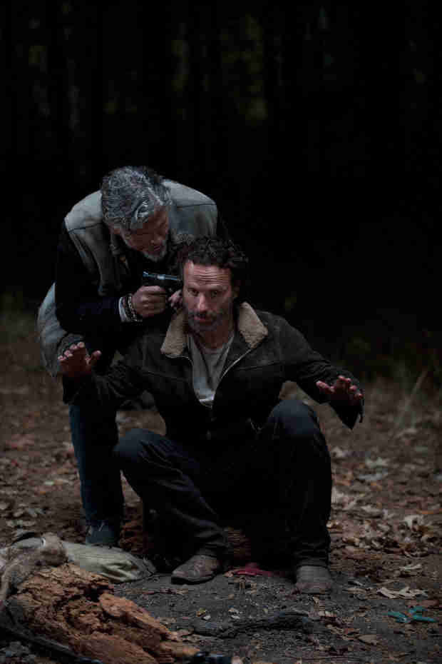 The Walking Dead Season 5: Will Rick and Others Be Able to Escape the Train Car? (VIDEO)