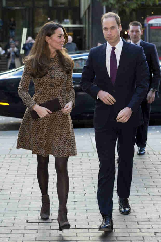 Kate Middleton and Prince William Arrive in New Zealand —With Prince George! (VIDEO)