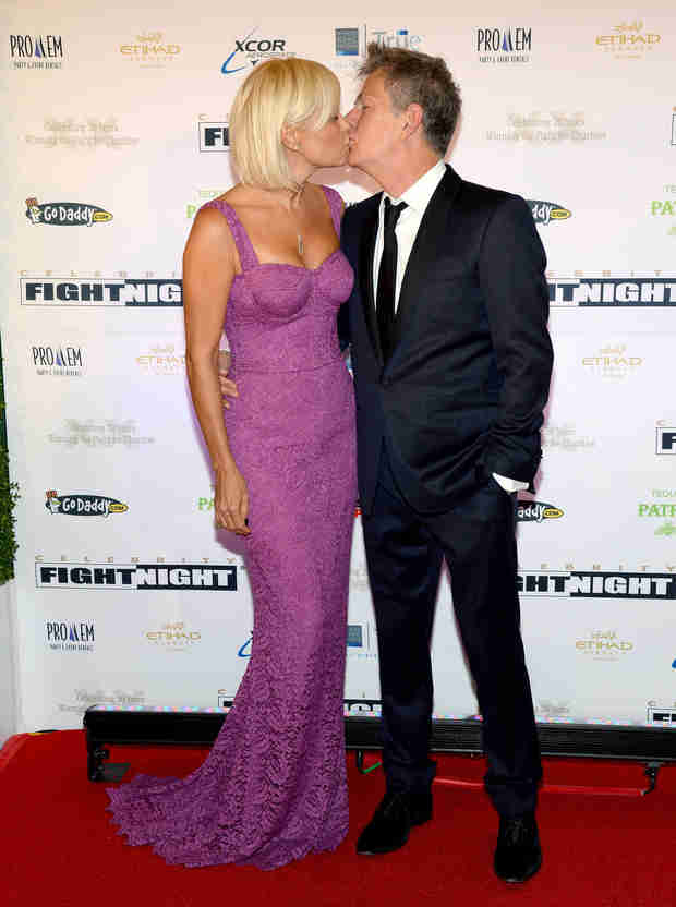 Yolanda Foster and Husband Dispel Breakup Rumors With a Red Carpet Kiss (PHOTO)