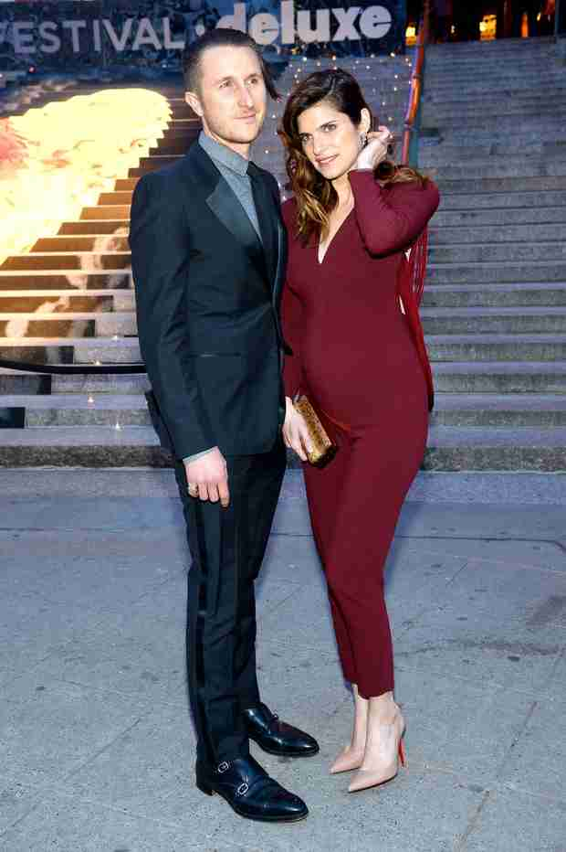 Lake Bell Reveals Baby Bump At Vanity Fair Party