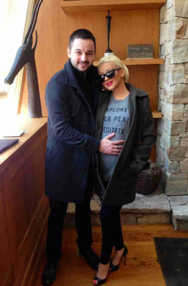 Christina Aguilera's Baby Bump Looks Further Along Than We Thought! (PHOTO)