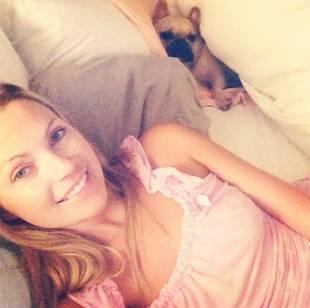 Bachelor Season 17's Sarah Herron Calls Out Flight Attendant for Offending Her