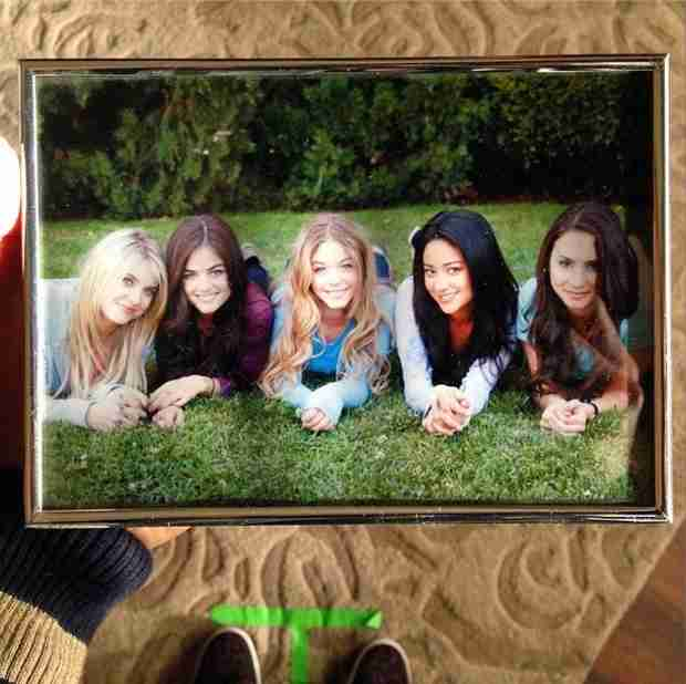"Shay Mitchell Tweets Pretty Little Liars Cast Throwback Pic —""Our First Day on Set"" (PHOTO)"