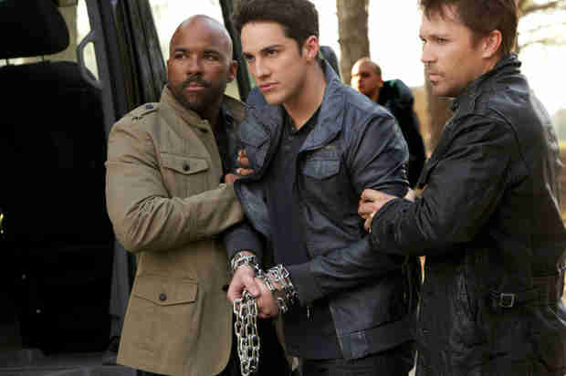 Vampire Diaries Spoilers: Is Tyler Stuck With a Passenger Forever?