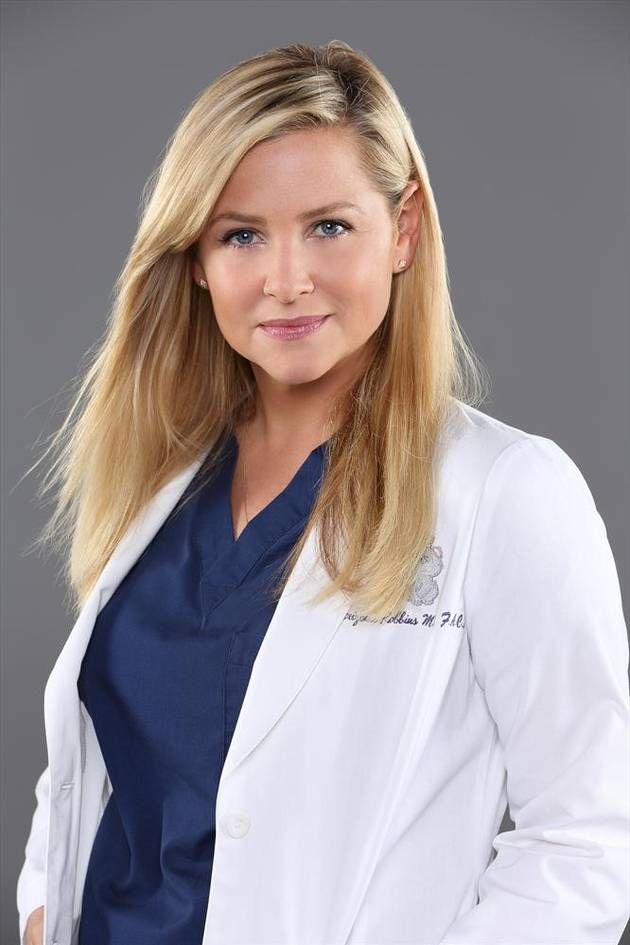Devoted Grey's Anatomy Fan Gets Arizona Robbins's Face Tattooed on Leg (PHOTO)