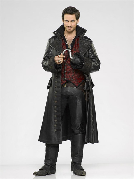 "Once Upon a Time Sneak Peek: Season 3, Episode 17 — ""The Jolly Roger"" (VIDEO)"