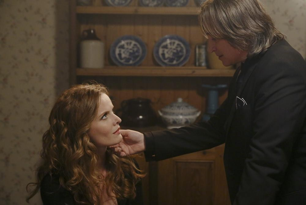 "Once Upon a Time Season 3, Episode 18 Spoilers: What to Expect From ""Bleeding Through"""