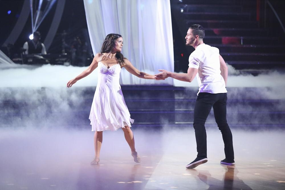 Dancing With the Stars 2014: Danica McKellar and Valentin Chmerkovskiy's Week 5 Quickstep (VIDEO)