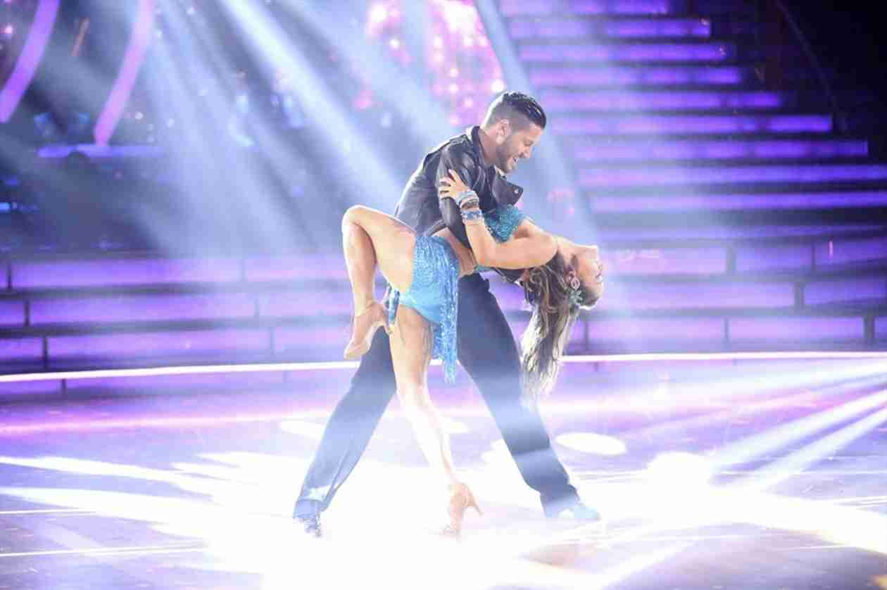 Dancing With the Stars 2014: Danica McKellar and Val Chmerkovskiy's Week 7 Salsa (VIDEO)