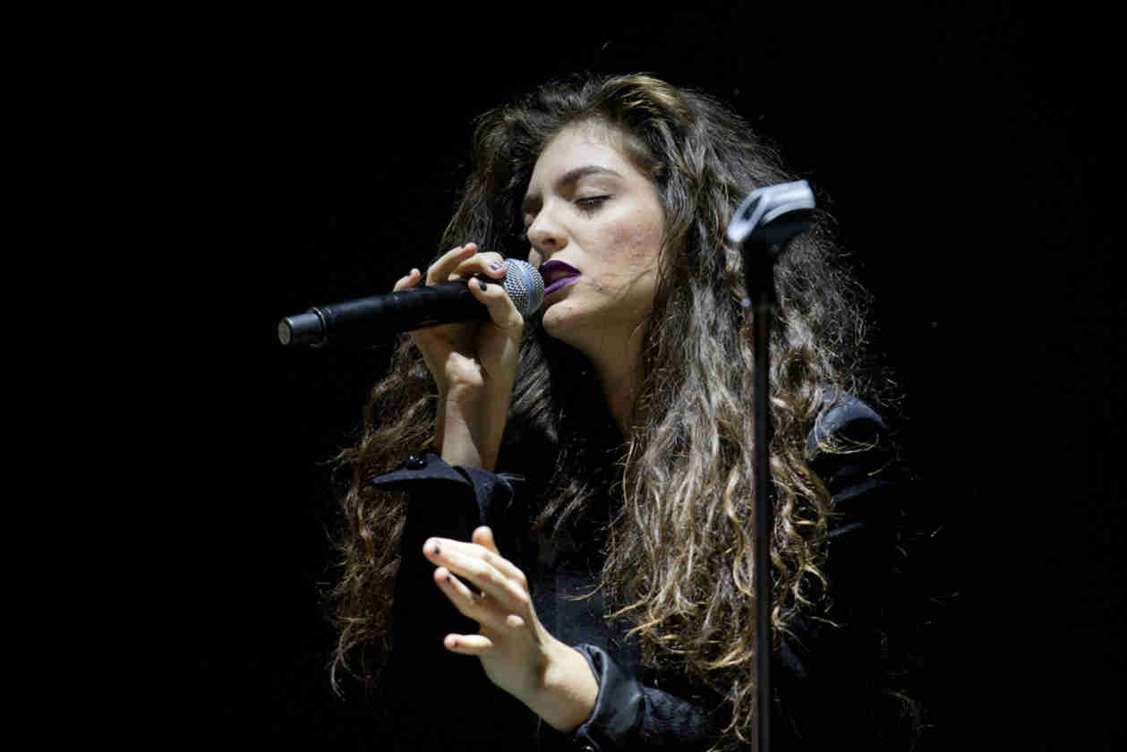 2014 Billboard Music Awards Nominees: Imagine Dragons and Lorde Lead the Pack