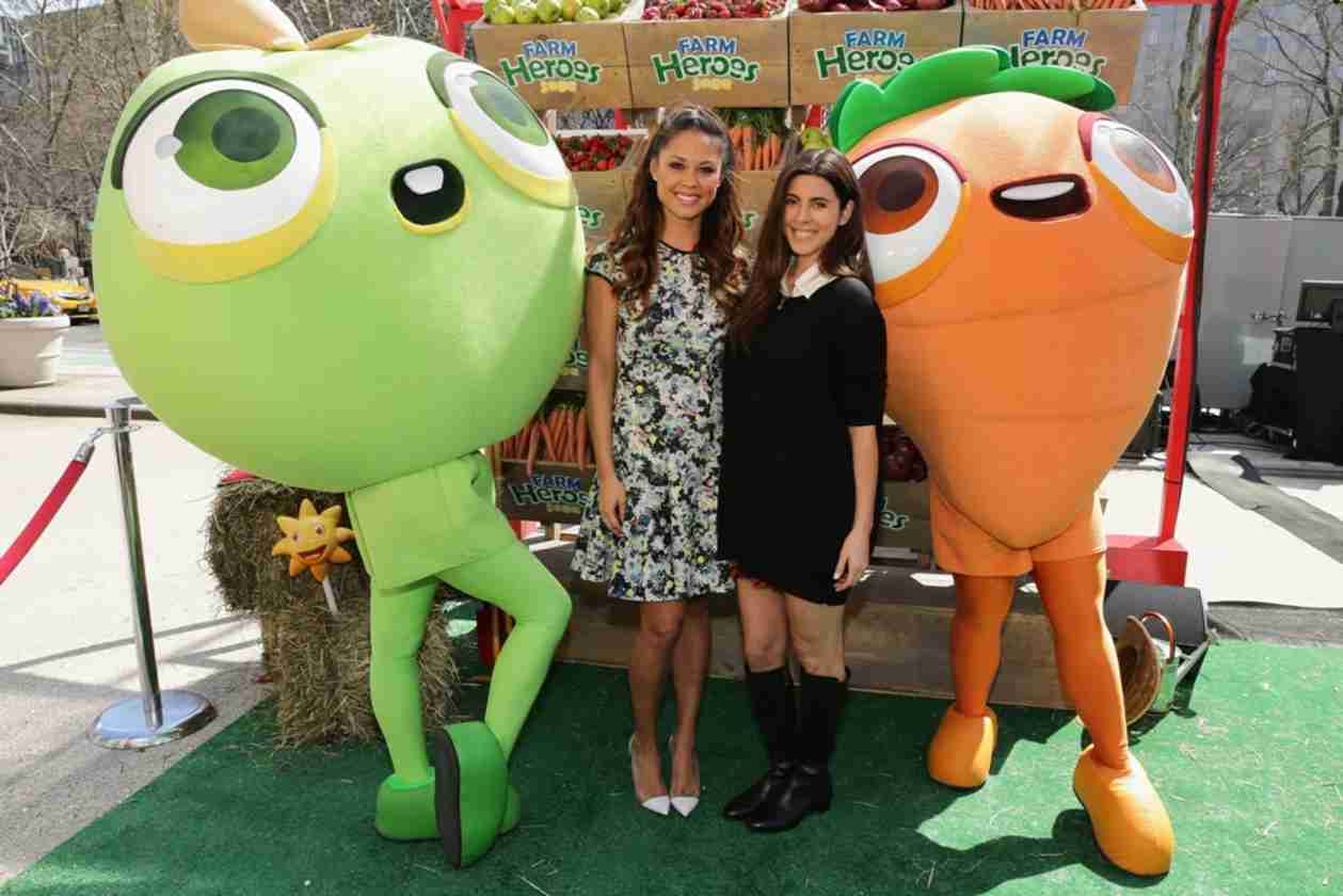Hot Mama! Vanessa Lachey Shows Off Toned Figure at Farm Heroes Saga Event (PHOTOS)