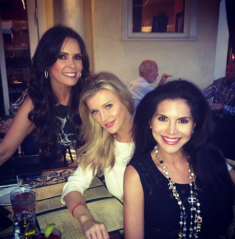 Joyce Giraud Has a Girls Night Out With Joanna Krupa and Karent Sierra (PHOTOS)