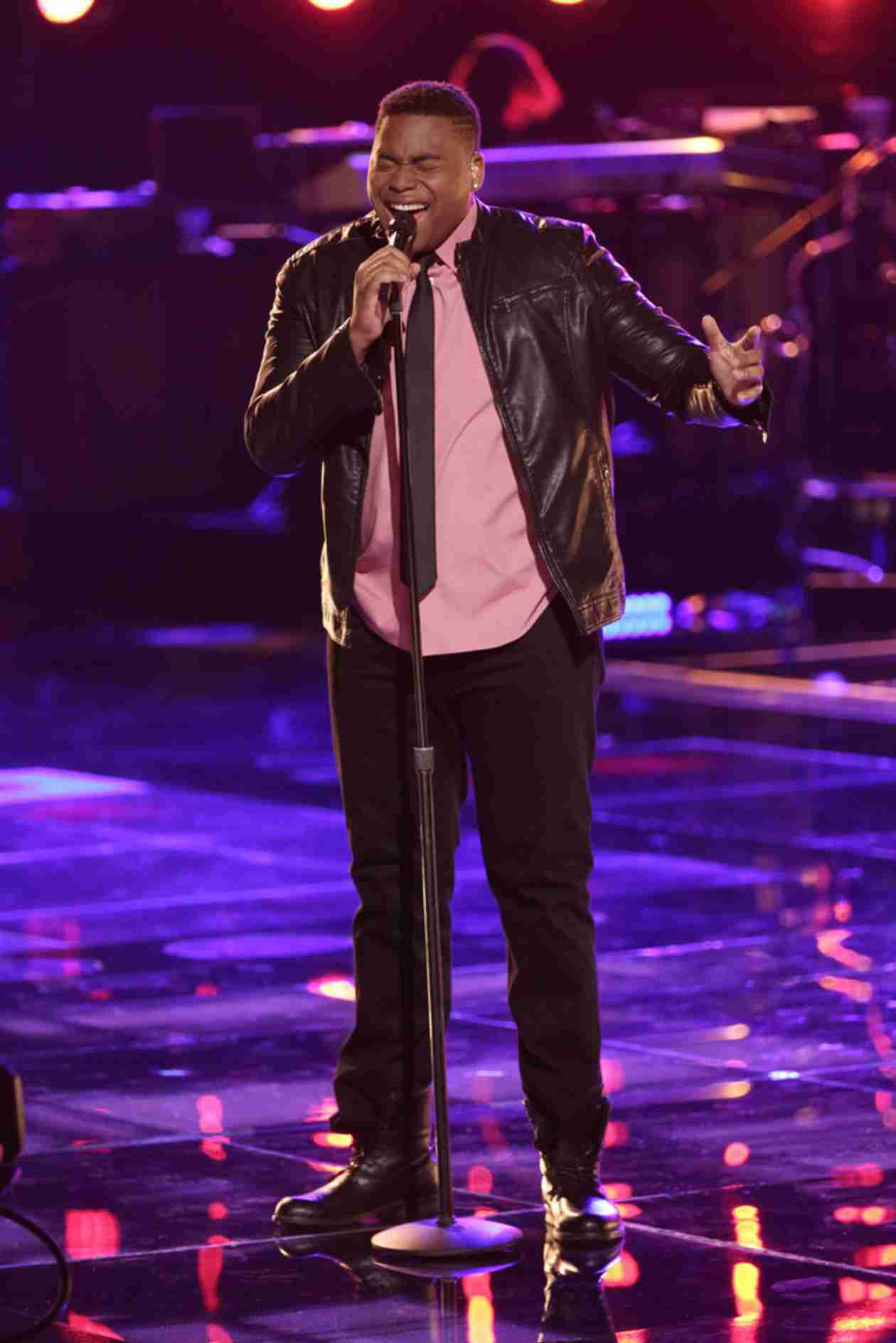 Watch T.J. Wilkins Sing on The Voice 2014 Playoffs, April 14, 2014 (VIDEO)