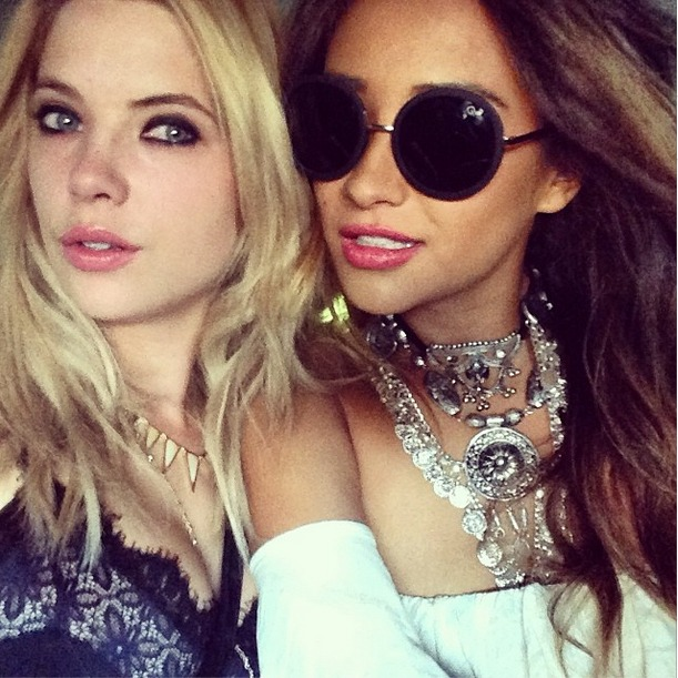 More Proof That Ashley Benson and Shay Mitchell Are the Cutest Besties in Hollywood (VIDEO)