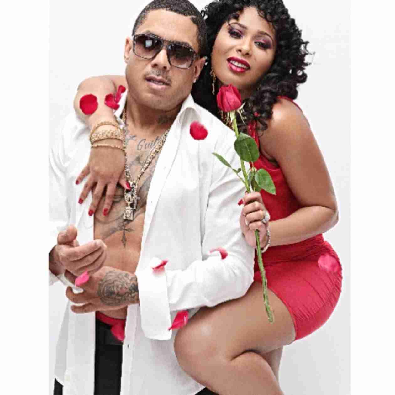 Benzino Tattoos Fiancée's Body Across His Side?! (PHOTOS)