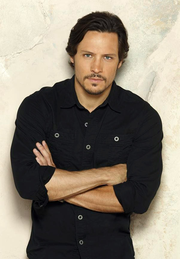 How Old Is Revenge Star Nick Wechsler?