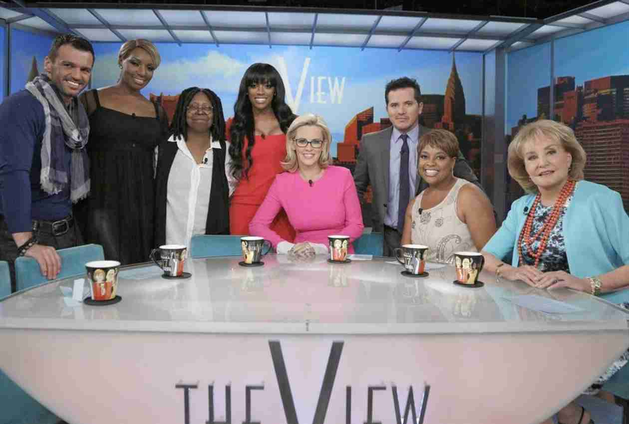 "Kenya Moore Slams The View Panel For ""Biased"" Show With Porsha Stewart"