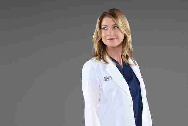 Grey's Anatomy's Ellen Pompeo Carries Snake That's as Big as She Is