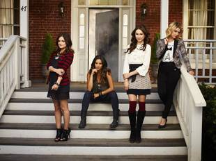 "Pretty Little Liars Season 5, Episode 9 Title Revealed — ""March Of Crimes"""