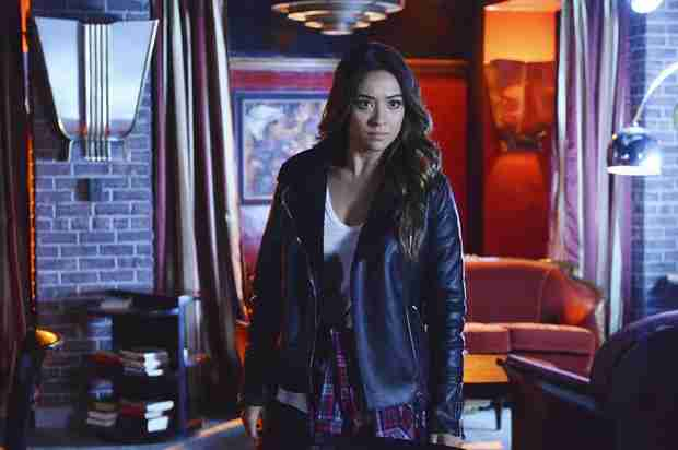 Shay Mitchell Relives Some of Emily's Toughest Moments on Pretty Little Liars