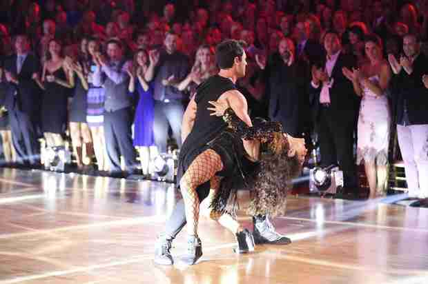 Dancing With the Stars 2014: Meryl Davis and Maksim Chmerkovskiy's Week 8 Rumba (VIDEO)
