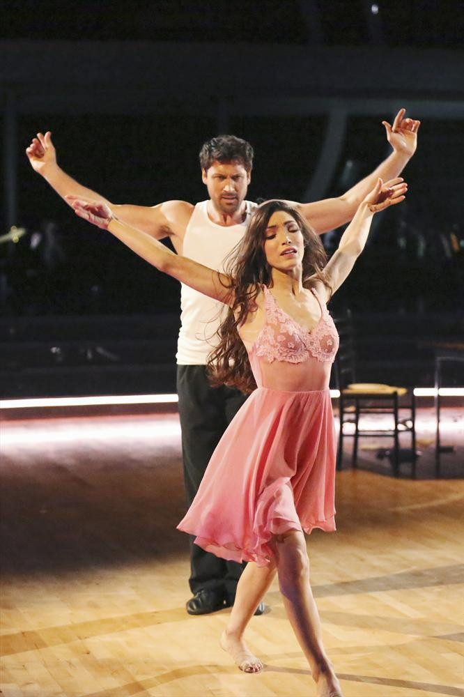 "Maksim Chmerkovskiy on Meryl Davis: ""I'm Not Flexible, I'm Not Cuddly … She's Fearless With Me"""