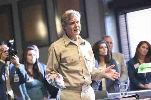 Revenge Season 3 Finale Spoilers: Conrad Grayson Dies!