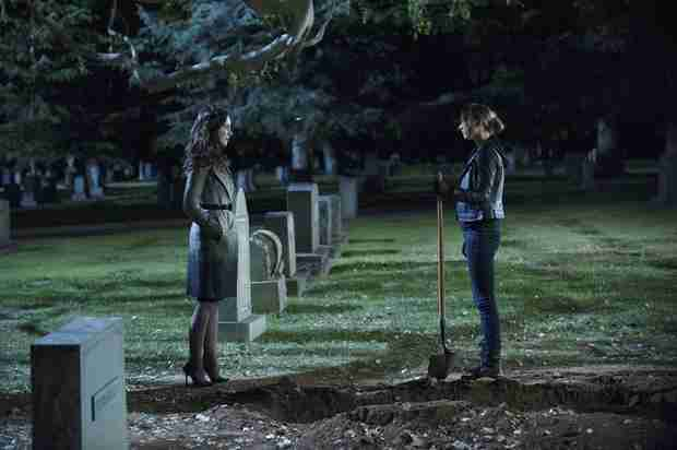"Revenge Season 3 Finale: ""More Than One"" Major Death and a Crazy Twist"