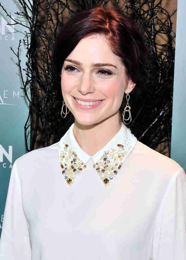 Janet Montgomery: 5 Things to Know About the Salem Star