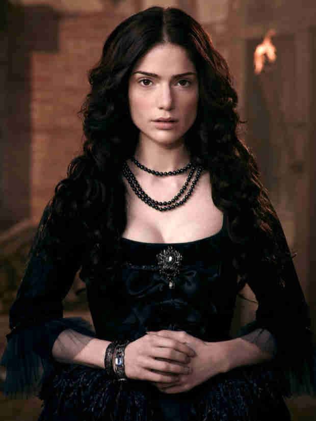 "Salem's Janet Montgomery on Mary's Relationship With John and Sunday's ""The Red Rose and the Briar"" — Exclusive"