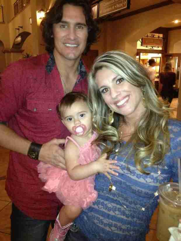 Country Singer Joe Nichols Welcomes Third Daughter, Georgia Blue
