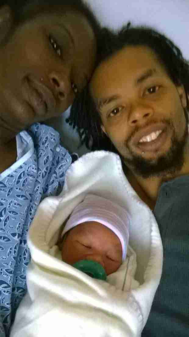 """Hide Yo' Kids"" Viral Video Star Antoine Dodson Welcomes a Son (VIDEO)"