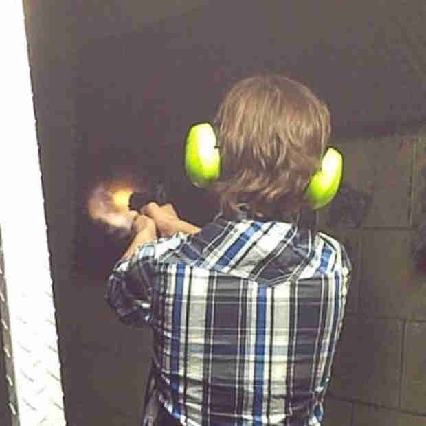 The Walking Dead Stars Hit the Shooting Range: Beware Termites! (VIDEO)