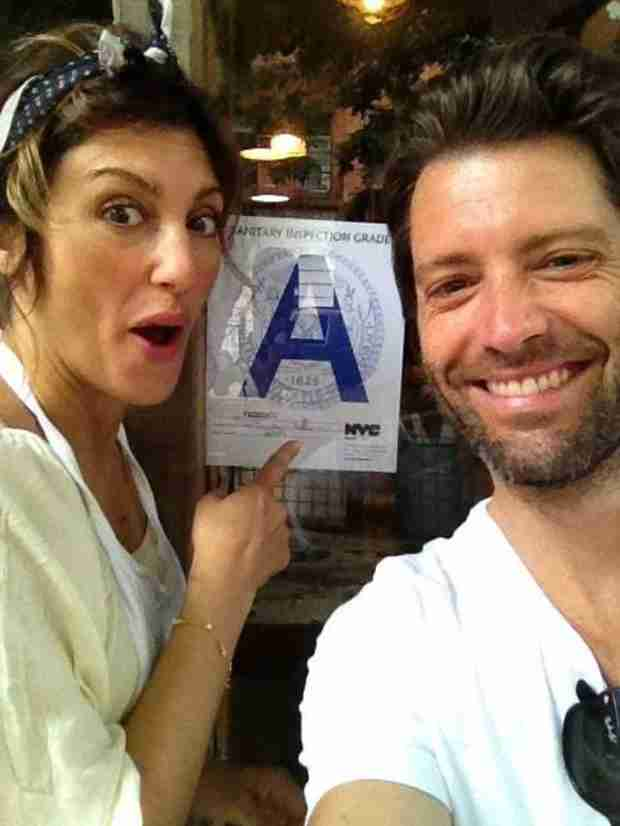 Jennifer Esposito Is Engaged!