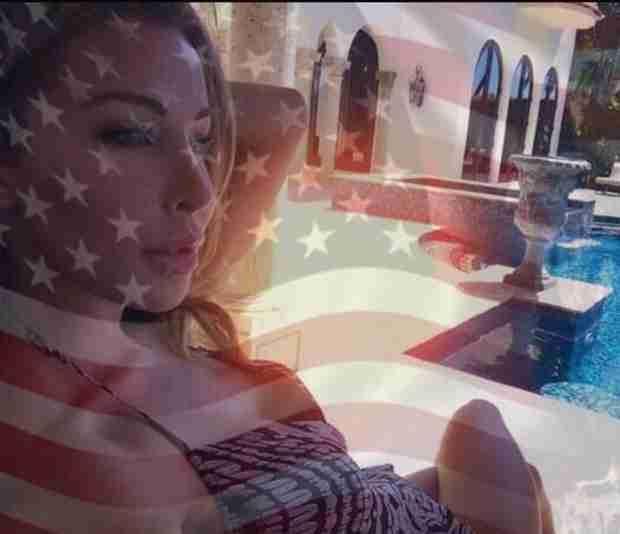 Lisa Hochstein Is Officially an American Citizen — Congrats, Girl! (PHOTO)