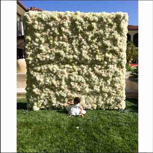"North West Says ""Dada"" in New Video From Kim Kardashian (VIDEO)"