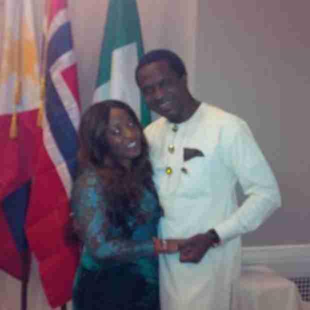 Kenya Moore Posts Photo of Rumored Boyfriend… and His Wife? (PHOTO)