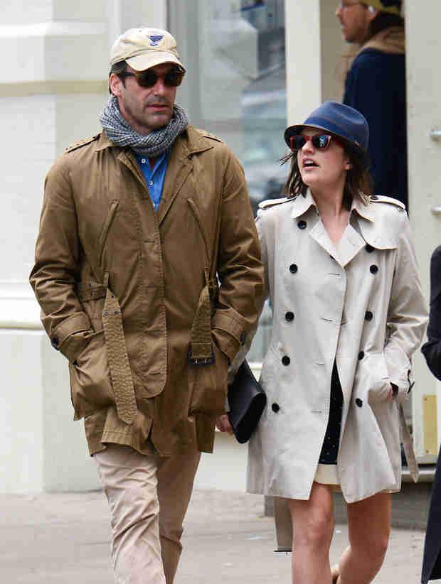 Mad Men Romance: Are Jon Hamm and Elisabeth Moss Dating? (UPDATE)