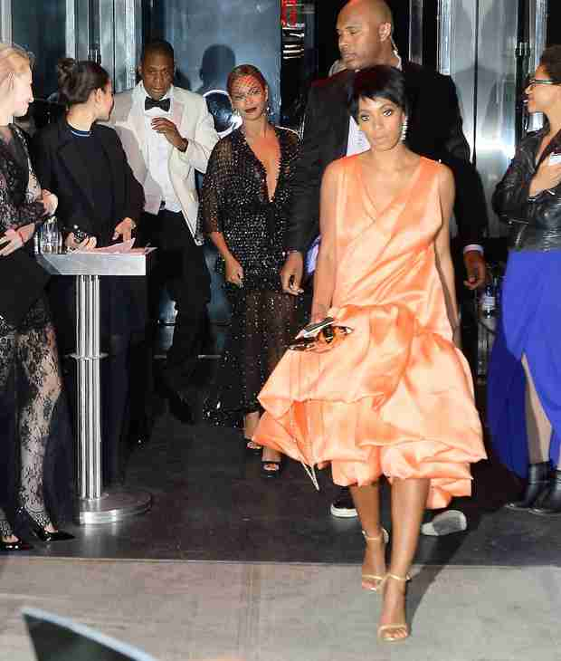 Beyonce's Sister Solange Allegedly Attacks Jay Z in Elevator After Met Gala! (VIDEO)