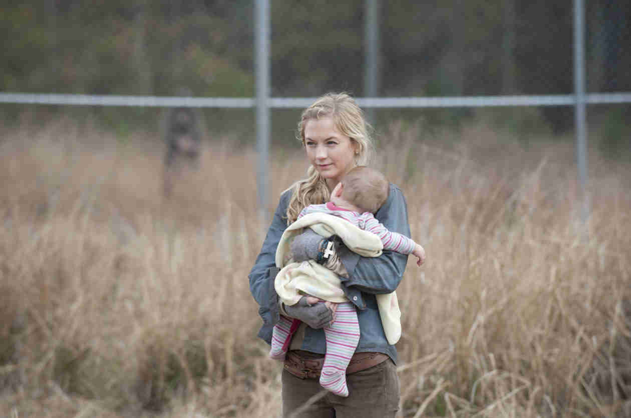 The Walking Dead Season 5: Emily Kinney Not on Set — Beth, Carol, Tyreese Filming Later? (UPDATE)