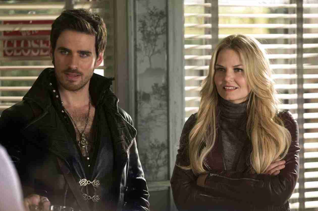 Once Upon a Time Season 3 Finale Speculation: Will a Good Guy Turn Evil?