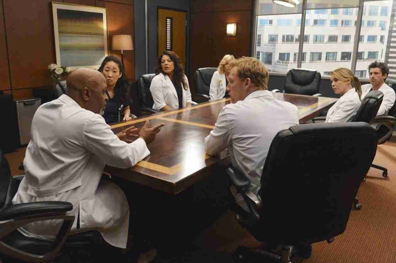 Grey's Anatomy Season 10, Episode 22 Spoilers: 5 Things We Learn From the Sneak Peeks