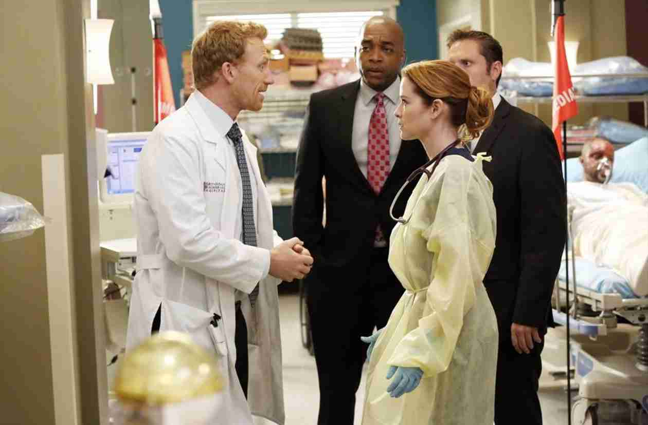 "Grey's Anatomy Recap: Season 10, Episode 24, ""Fear (of the Unknown)"""