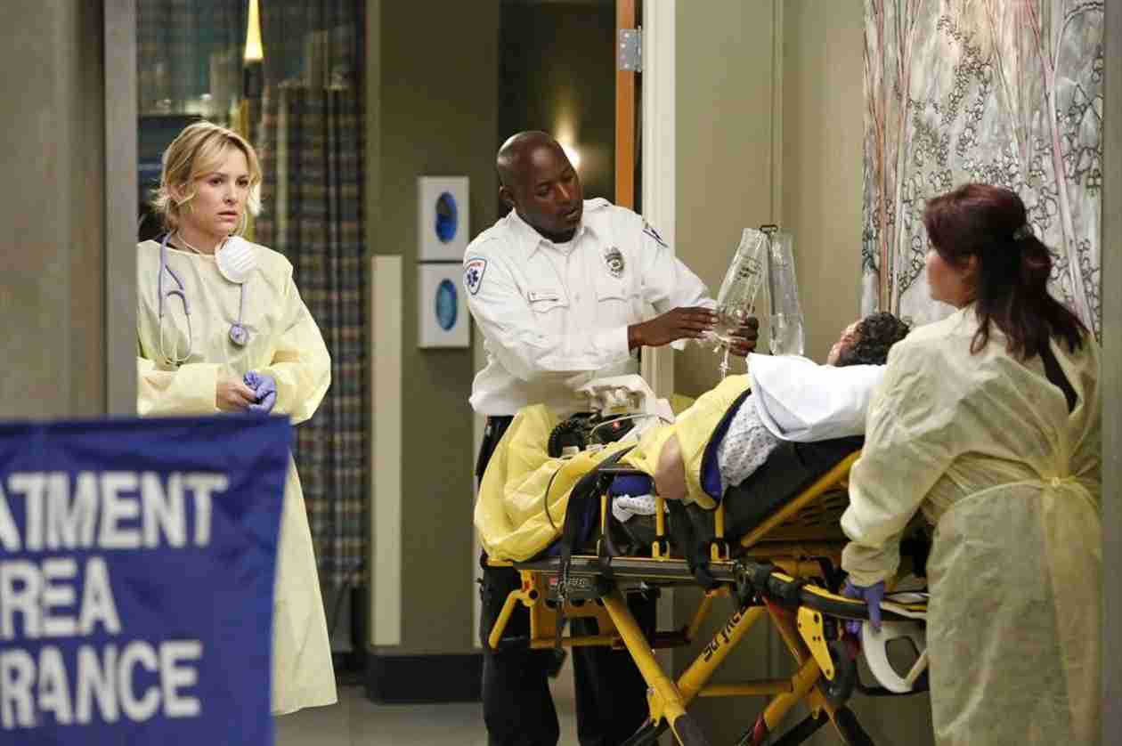 "Grey's Anatomy Season 10, Episode 24 Review: What Did You Think of ""Fear (of the Unknown)"""